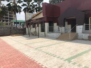 Show Room Commercial Property for rent Opposite Altima Resturant, Custom junction, Secretariat road,Bodija Bodija Ibadan Oyo