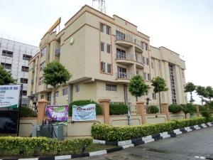 10 bedroom Hotel/Guest House Commercial Property for sale Located around Heyden Petro Station Victoria Garden City. VGC Lekki Lagos
