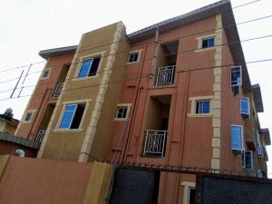 Self Contain Flat / Apartment for rent Off shyllon Ikorodu road(Ilupeju) Ilupeju Lagos