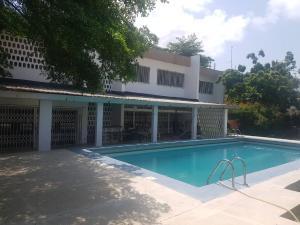 Detached Duplex House for sale Karimu Kotun Victoria Island Lagos