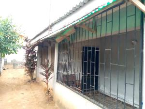 4 bedroom Detached Bungalow for rent Yabatech Quarters Jibowu Yaba Lagos
