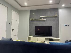 3 bedroom Flat / Apartment for sale Off Hughes Avenue Alagomeji Yaba Lagos