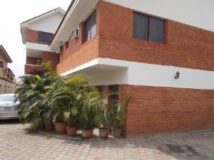 4 bedroom House for rent 31, Adeola Street Medina Gbagada Lagos