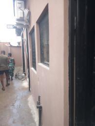 Self Contain for rent Off Pedro Road Shomolu Shomolu Lagos