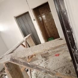 1 bedroom Self Contain for rent Olorunsogo Off Olateju Near Ilupeju Mushin Mushin Lagos