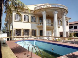 8 bedroom Detached Duplex House for sale ... Parkview Estate Ikoyi Lagos