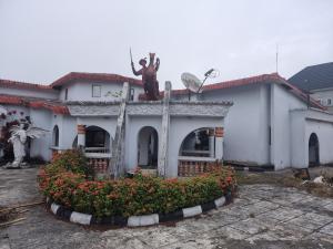 6 bedroom Detached Bungalow House for sale Bendel Estate Warri Delta