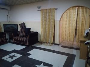 3 bedroom Flat / Apartment for rent Faruku Area, Soka Soka Ibadan Oyo
