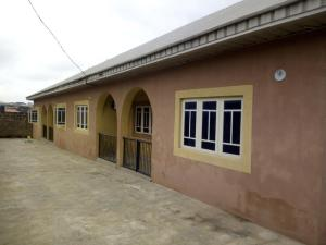 3 bedroom Semi Detached Bungalow House for rent Olofa estate, off Elebu Road Akala Express Ibadan Oyo