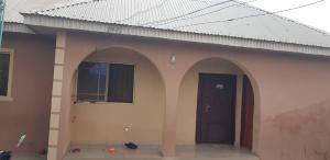 3 bedroom Detached Bungalow for sale Old Ife Road Alakia Ibadan Oyo