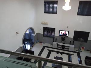 6 bedroom Detached Duplex House for sale Ajila estate Akala Express Ibadan Oyo