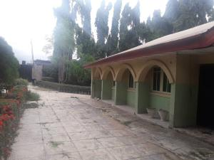 5 bedroom Detached Bungalow House for sale OluwoNla Area, Basorun Basorun Ibadan Oyo