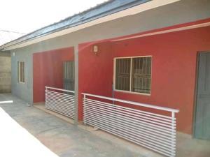 2 bedroom Flat / Apartment for rent Along Bayeku Road,igbogbo Igbogbo Ikorodu Lagos