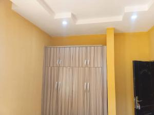 3 bedroom Blocks of Flats House for rent Cluster 5 Lugbe Abuja