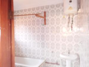 4 bedroom Detached Bungalow House for rent Behind D Rovan's Hotel, off Ring Road Ibadan Ring Rd Ibadan Oyo