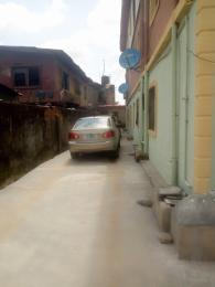 1 bedroom Mini flat for rent Ilupeju Ikorodu road(Ilupeju) Ilupeju Lagos