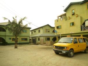 10 bedroom Flat / Apartment for sale Close To Rccg Camp Mowe Obafemi Owode Ogun