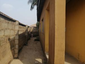 1 bedroom mini flat  Self Contain Flat / Apartment for rent  onigbodogi area Ajibode ibadan   Ajibode Ibadan Oyo