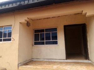 Self Contain for rent Adelain Street Mushin Mushin Lagos