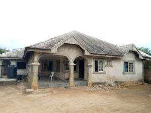 6 bedroom Semi Detached Bungalow House for sale Opposite Mbiabong Market, Oron Road Uyo Akwa Ibom