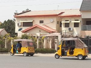 4 bedroom Commercial Property for rent 3rd Avenue Gwarinpa Abuja