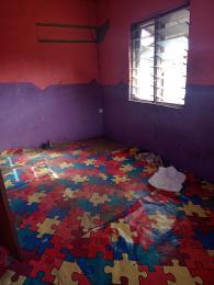 1 bedroom Self Contain for rent Close To Igbobi Hospital Fadeyi Shomolu Lagos