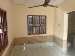 Self Contain Flat / Apartment for rent Institution And Research by Idu Industrial Layout Idu Industrial(Institution and Research) Abuja