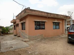 3 bedroom Blocks of Flats House for sale Alh toyeebat Medina Gbagada Lagos