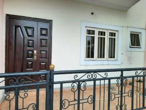 3 bedroom Flat / Apartment for rent Nvuigwe woji Obia-Akpor Port Harcourt Rivers