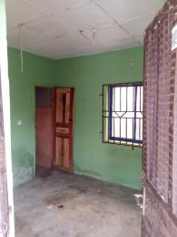 1 bedroom mini flat  Mini flat Flat / Apartment for rent Alakia old ife road inside airport second gate Alakia Ibadan Oyo