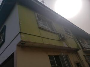 3 bedroom Blocks of Flats House for sale Harunna college road Ajayi road Ogba Lagos