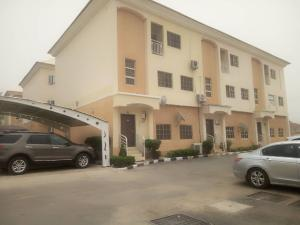 3 bedroom Terraced Duplex House for rent Karmo district after Turkish hospital. Karmo Abuja