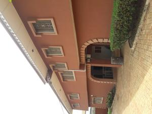 Shared Apartment Flat / Apartment for sale Near, prestigious Obafemi Awolowo University, Ile-Ife Ife East Osun