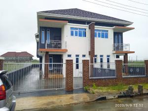 4 bedroom Semi Detached Duplex House for sale Amity estate Majek Sangotedo Lagos