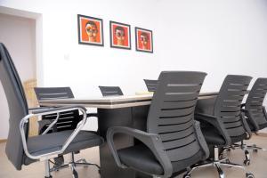 Conference Room Co working space for shortlet 12 Yinka bello street, off Siji Soetan street, (behind Access bank)Admiralty way,lekki pahse 1 Lekki Phase 1 Lekki Lagos