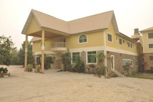 10 bedroom Hotel/Guest House Commercial Property for sale Federal poly/ Afe Babalola University Road Ado-Ekiti Ekiti