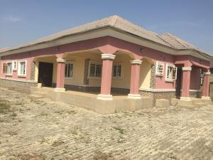 3 bedroom Detached Bungalow House for rent Oilspring estate Lugbe Abuja