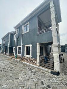 2 bedroom House for rent Maiyegun Street Off Ologolo Jakande Lekki Lagos