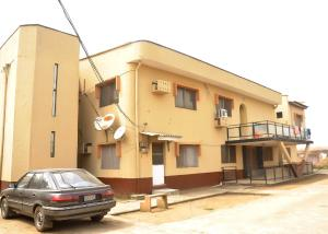 7 bedroom Blocks of Flats House for sale Kudeibu Estate Ijegun Ikotun/Igando Lagos