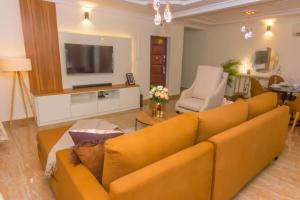 2 bedroom Self Contain Flat / Apartment for shortlet - ONIRU Victoria Island Lagos