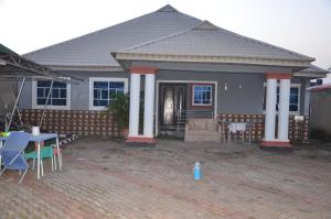 3 bedroom Detached Bungalow House for sale At old Poultry area, adjacent A & A Apartment,  Alagbaka G.R.A Akure Ondo