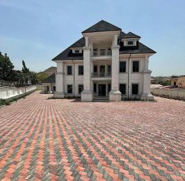 8 bedroom Massionette for sale Maitama Abuja