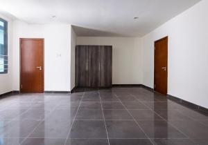 4 bedroom Flat / Apartment for rent Ilupeju Lagos