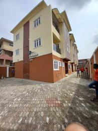 5 bedroom Flat / Apartment for rent Surulere Lagos
