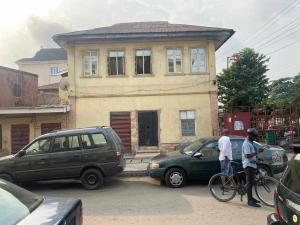 House for sale Muritala Muhammad Way Ebute Metta Yaba Lagos