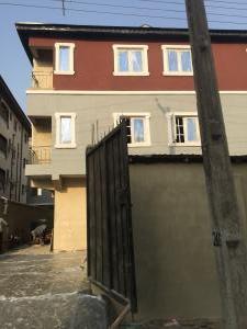 1 bedroom mini flat  Mini flat Flat / Apartment for rent Off Folagoro yaba  Fola Agoro Yaba Lagos