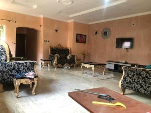 2 bedroom Blocks of Flats House for rent oil village,mahuta Chikun Kaduna