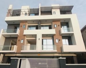 3 bedroom Blocks of Flats House for sale Lekki Scheme 2 Ajah Lagos