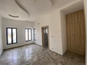 4 bedroom Flat / Apartment for rent Lekki Lagos