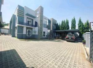 5 bedroom Detached Duplex House for sale Gwarinpa main Gwarinpa Abuja